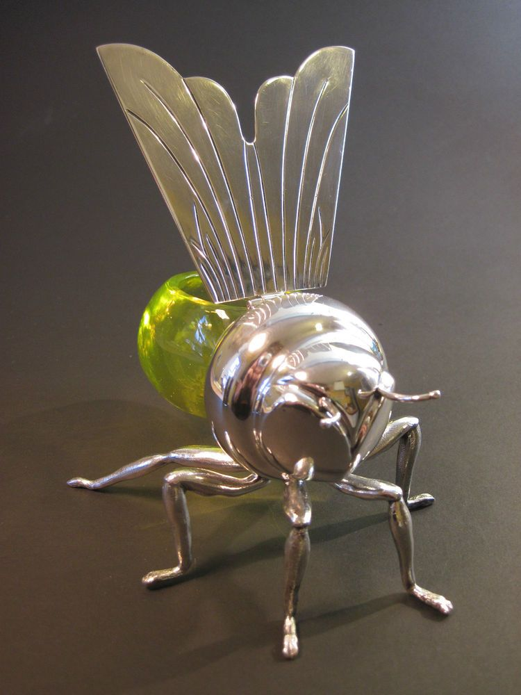 Art Deco Mappin And Webb Bee Form Honey Pot Silver Plate Uranium Yellow Glass Honey Pot Bee Beautiful Bugs