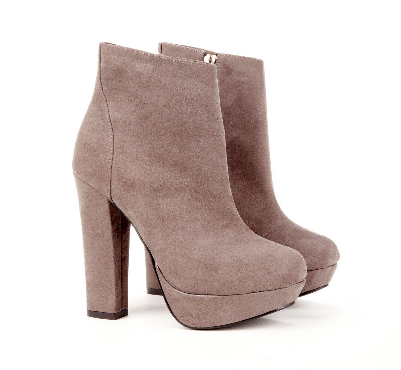 Platform ankle boot