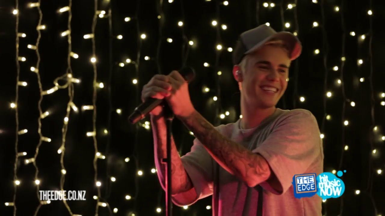 Justin Bieber performs What Do You Mean acoustic for The Edge in New Zea...