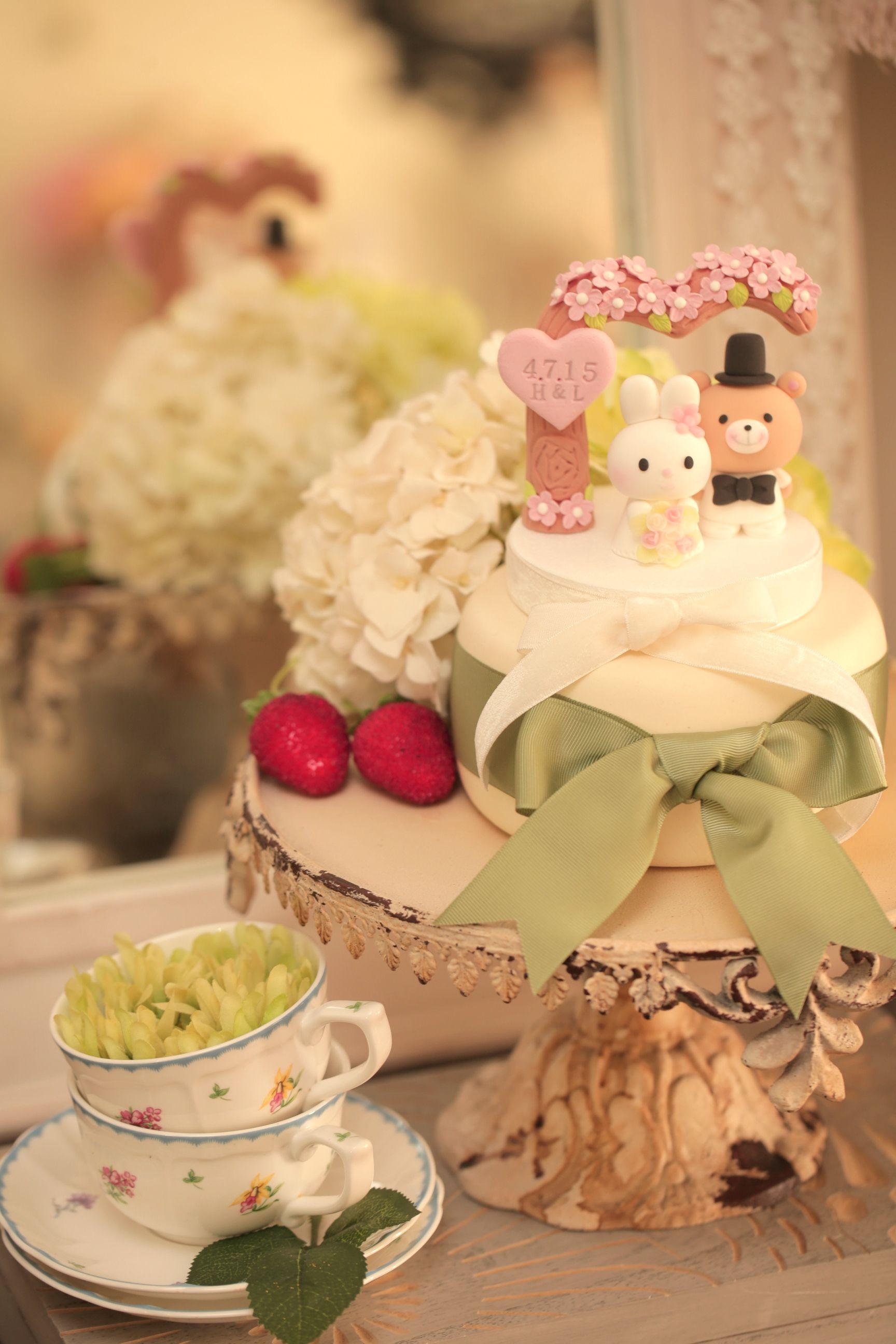 Rabbit and bear wedding cake topper---k963 | Pinterest | Rabbit ...