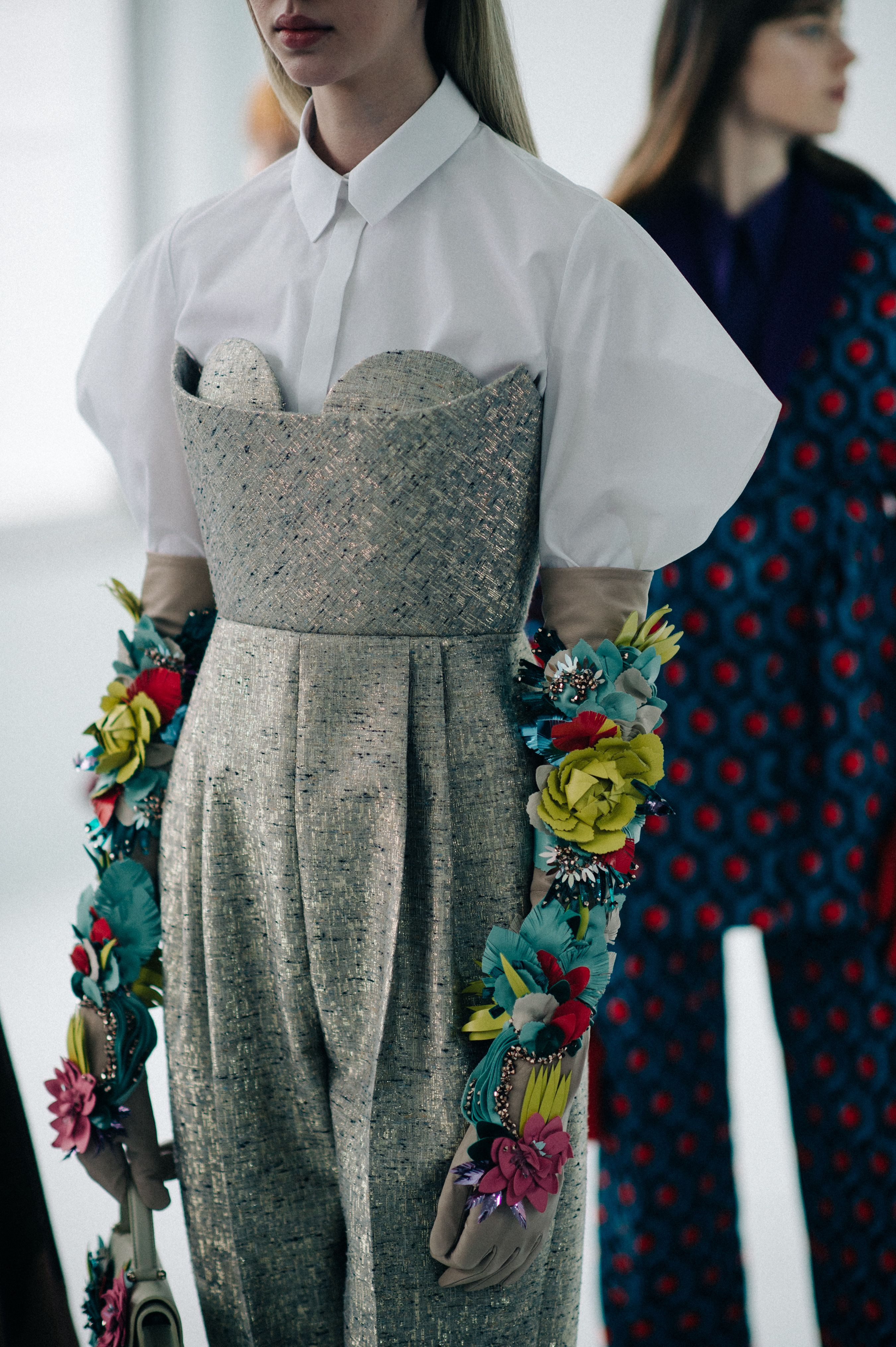 Backstage at Delpozo, Fall/Winter 2016/2017 | New York City Found on https://le21eme.com/backstage-delpozo-fallwinter-20162017-new-york-city-44/