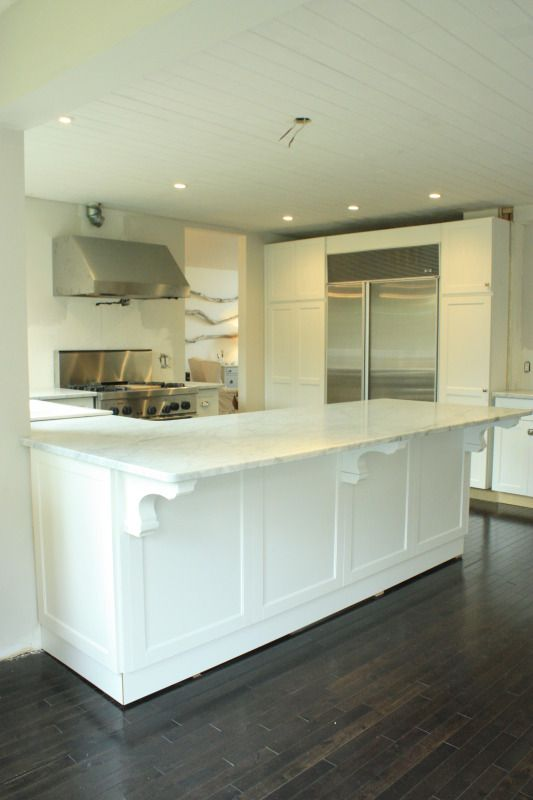 Batwing Kitchen Island Put Molding On Back Of The Island Like This? Love The Look
