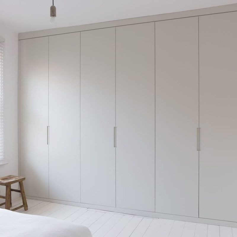 die erde in einem einbauschrank einbauschrank schlafzimmer und schr nkchen. Black Bedroom Furniture Sets. Home Design Ideas