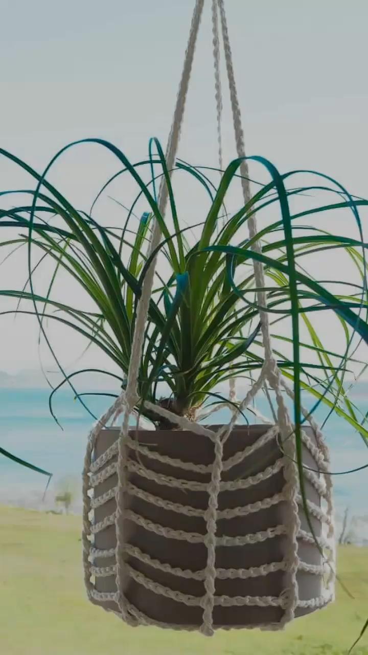 Photo of Crochet Easy Plant Hanger – FREE Crochet Pattern