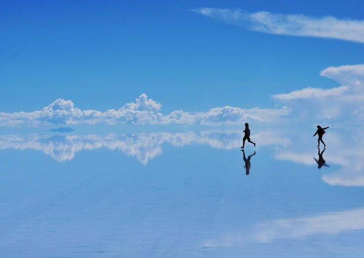 Bolivia Places To Visit Salar De Uyuni Located In The Andes