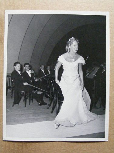 Jeanette MacDonald at the Hollywood Bowl original candid photo 1948 MGM