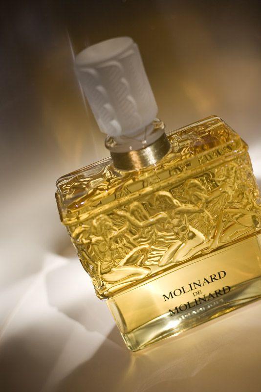 Molinard de Molinard perfume flacon by René Jules Lalique | Icons of Perfume