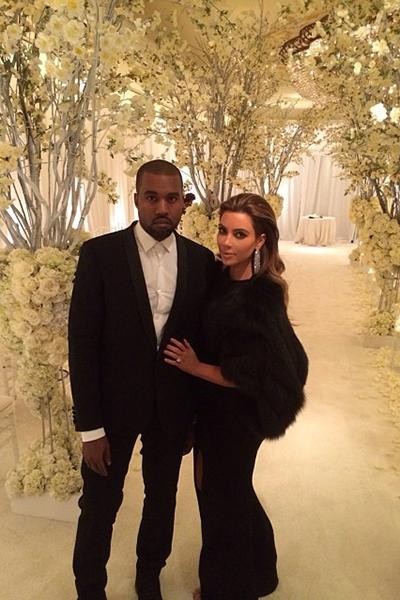 Kimye Wedding Kim And Kanye Kim Kardashian Kanye West Kim Kardashian And Kanye