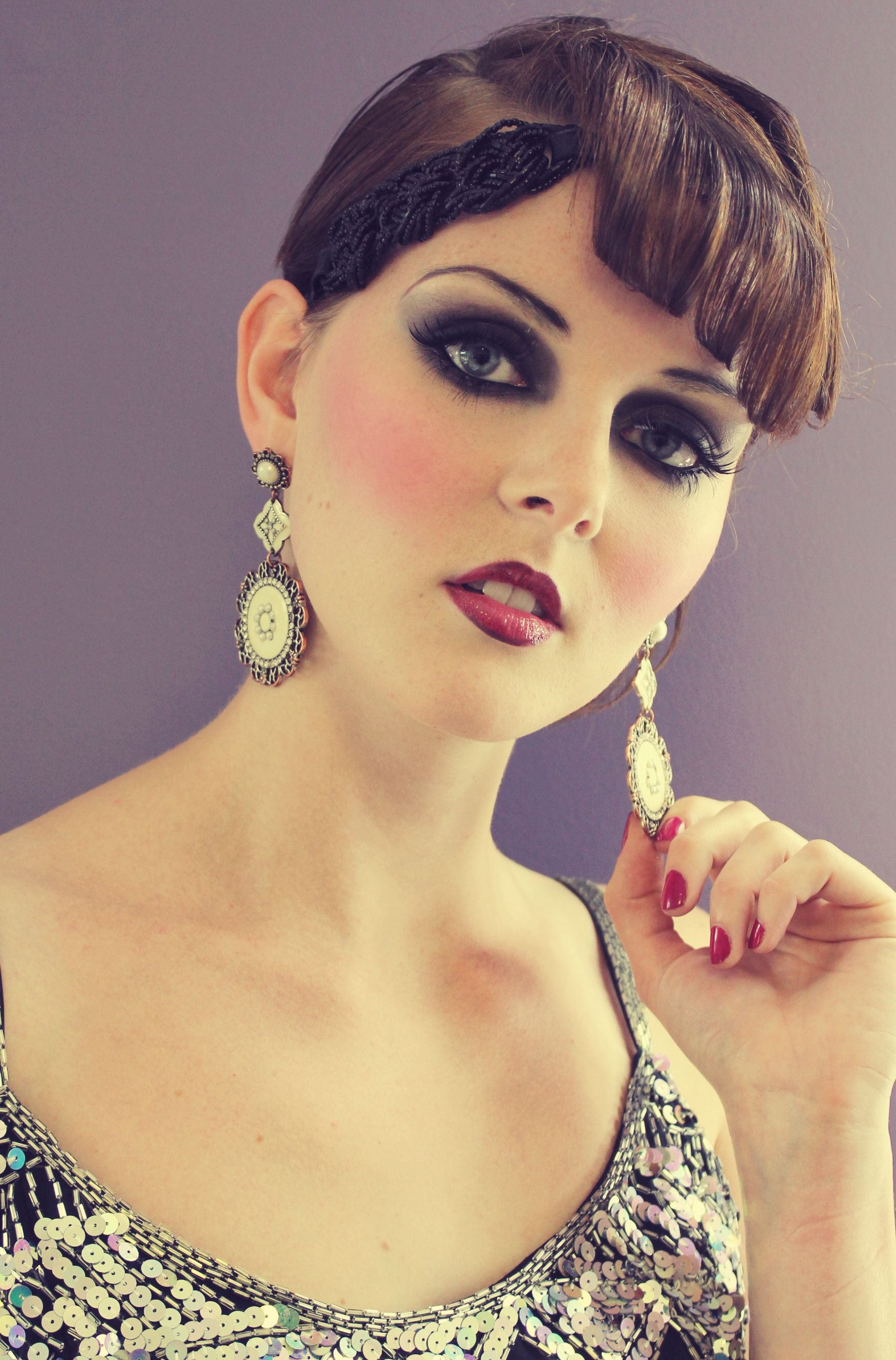 1920's makeup look. I like how its a full color version of