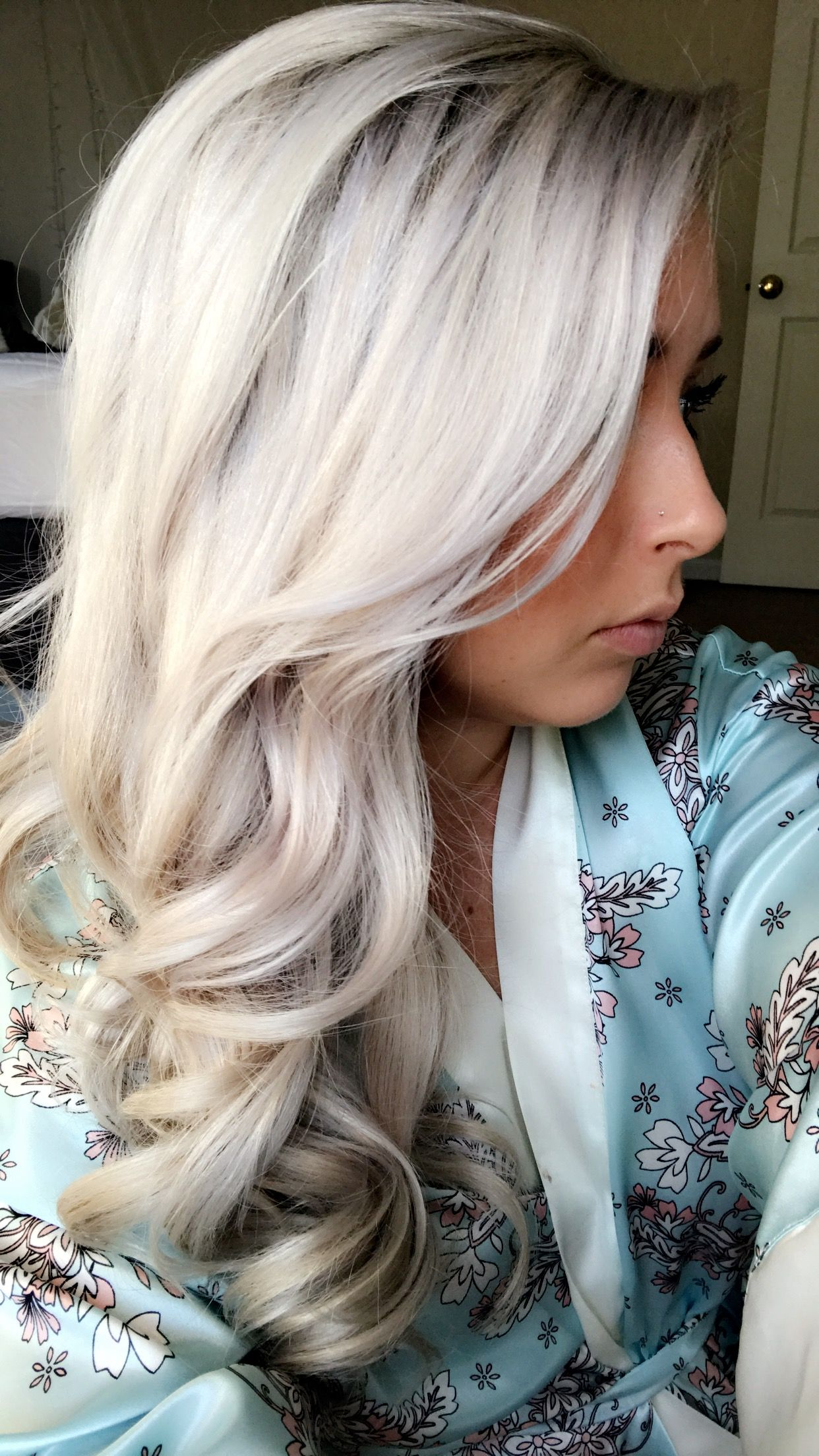 Platinum Blonde Hair With Images Hair Styles Hair Color For