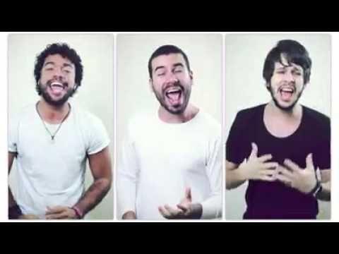 Três homens cantando varias músicas gospel