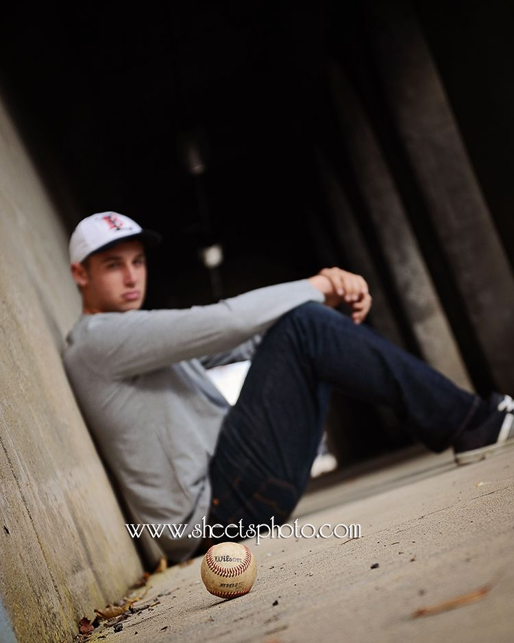 Senior Boy Baseball Pictures Www Sheetsphoto Com Sheets Photography Senior Pictures Sports