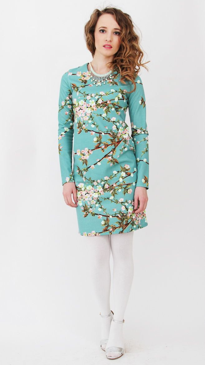 795a9949b74 Трикотажное платье из нежного трикотажа бирюзового цвета с рисунком сакура