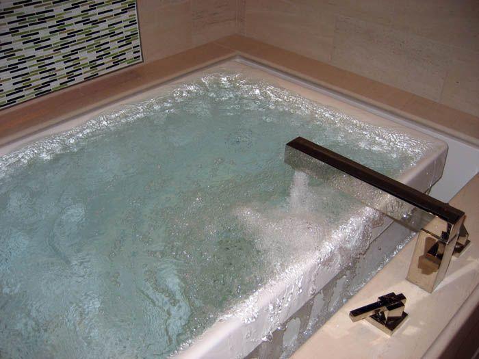 I Love The Infinity Edge Spas So Serene Dream Bathtub Dream