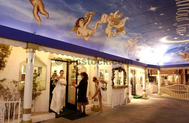 The Little White Wedding Chapel In Las Vegas Home Of Our Thank You