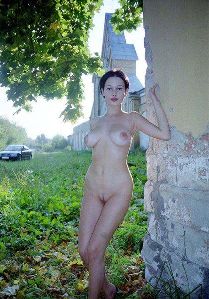 голая жена фото разных местах меня смотрят