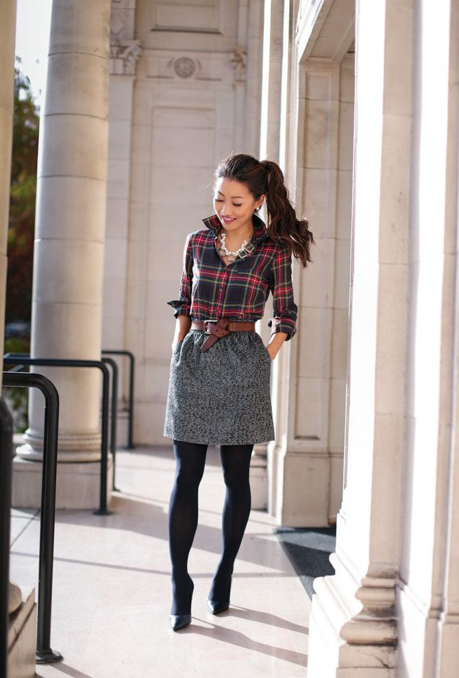 59588557088e Holiday work outfit // Christmas plaid print mixing | Fashion ...