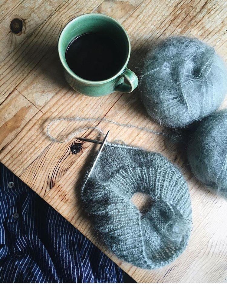 Photo of Novice Sweater – Mohair Edition 🍃 Maria Nivi strikker sin i den smukkeste og …