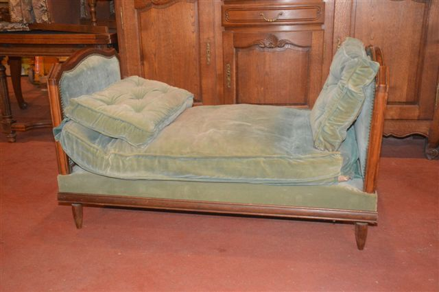 French day bed
