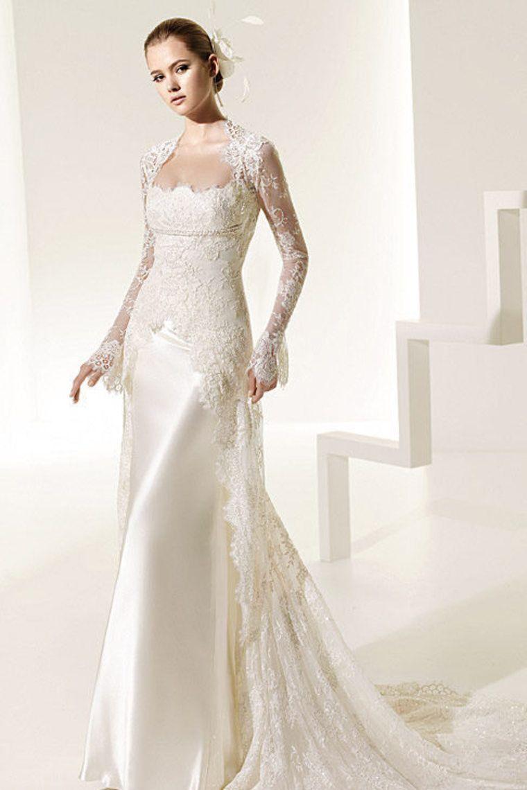 Silk sheath wedding dress   Gorgeous Spaghetti Straps Court Train Lace Wedding Dress With