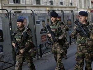 Francia elige a su nuevo presidente entre fuerte seguridad