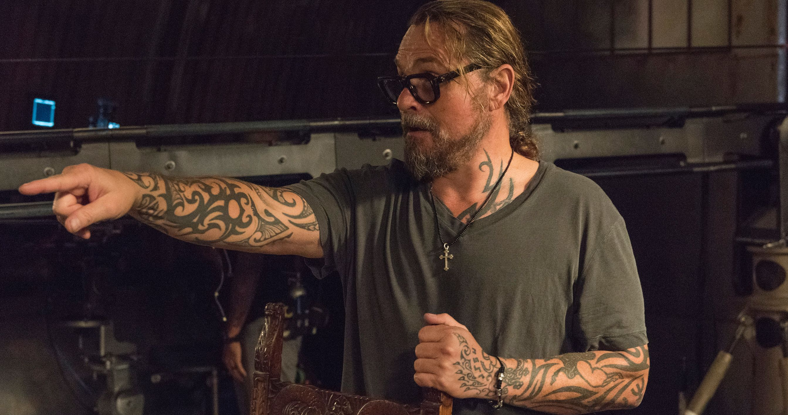 Fx Fires Mayans M C Co Creator Kurt Sutter For Being Abrasive Unprofessional Sons Of Anarchy Anarchy The Originals Show