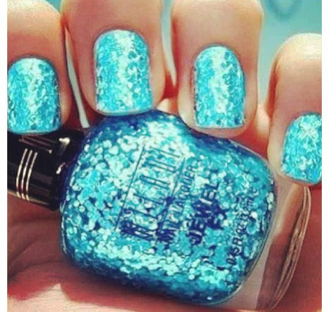 This color reminds me of a bright blue ocean with the sun shining on it. Oh, how I miss the beach!!!!