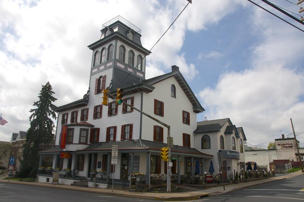 Washington House Hotel Sellersville Theater Sellersville Pa Pennsylvania Retro Roadmap In 2020 Washington Houses House Styles Mansions