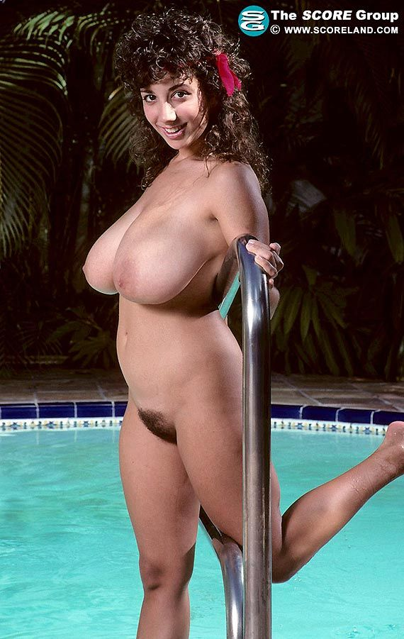 Barbara alton and her wonderful breasts - 3 8