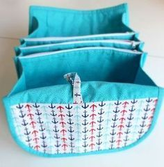 Trousse de toilette à motif de couture gratuit Nina de KunstUndMarkt   – sewing