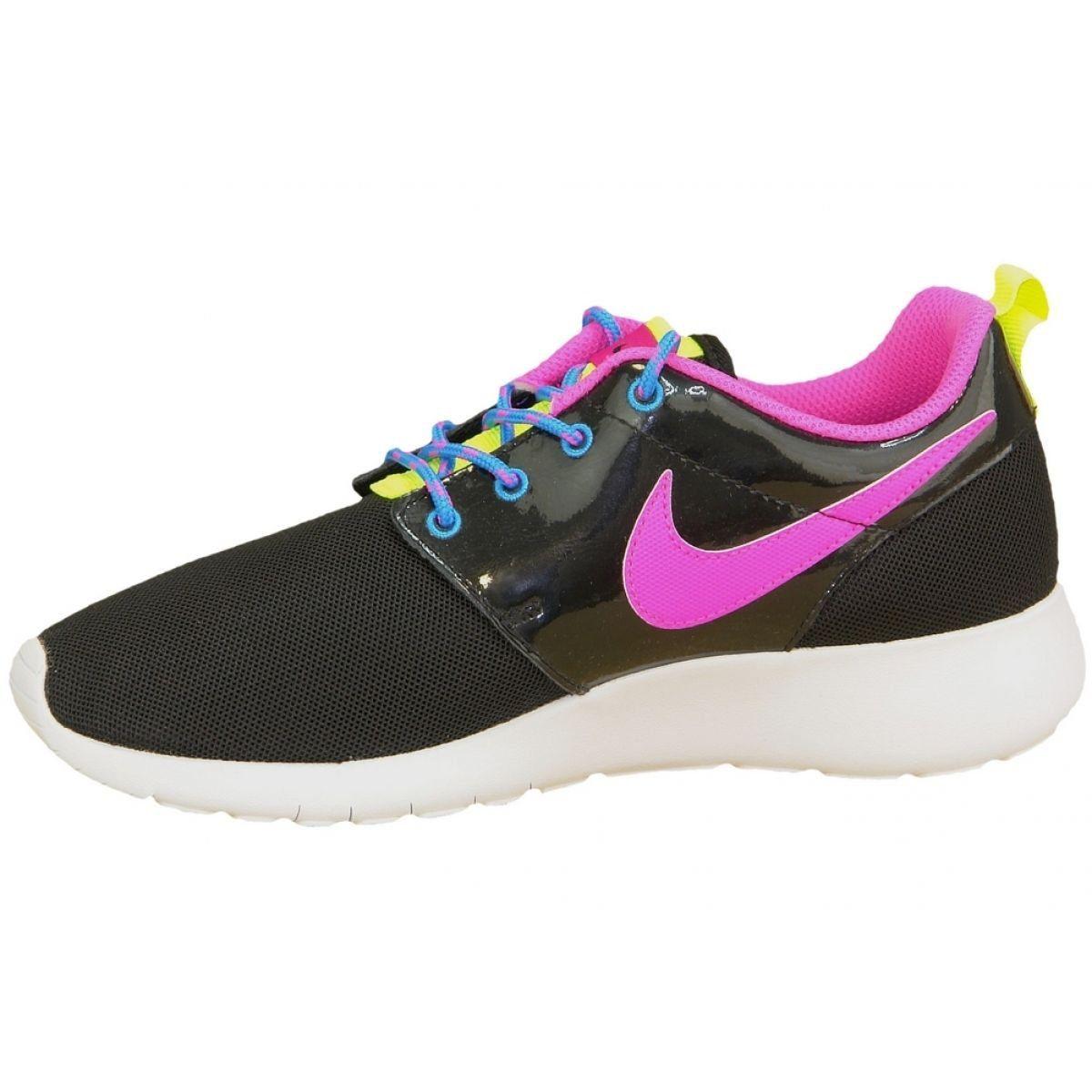 Buty Nike Roshe One Gs W 599729 011 Czarne Rozowe Wielokolorowe Nike Nike Shoes Outfits Nike Shoes High Tops