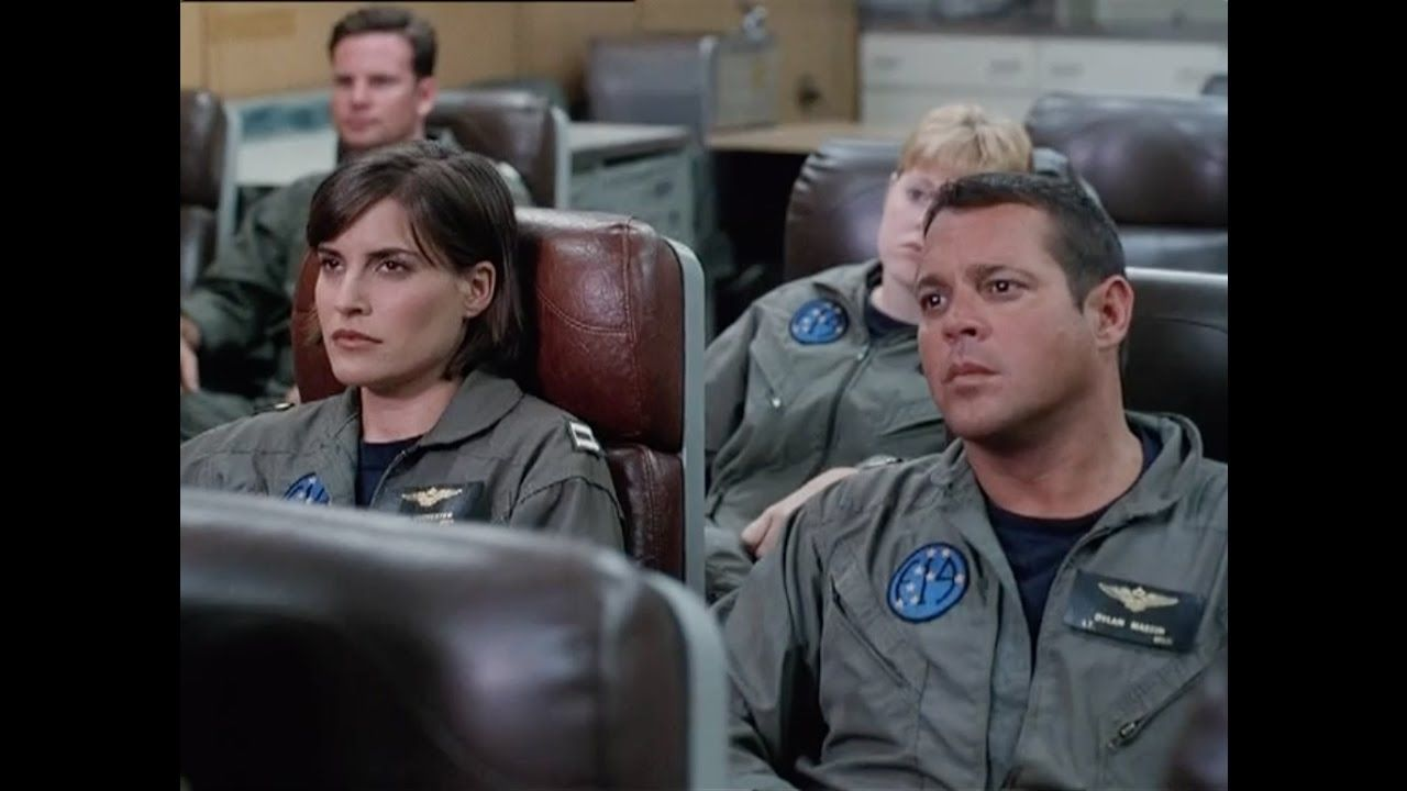 Surface to Air (1998) - Chad McQueen, Michael Madsen, Melanie Shatner, B..