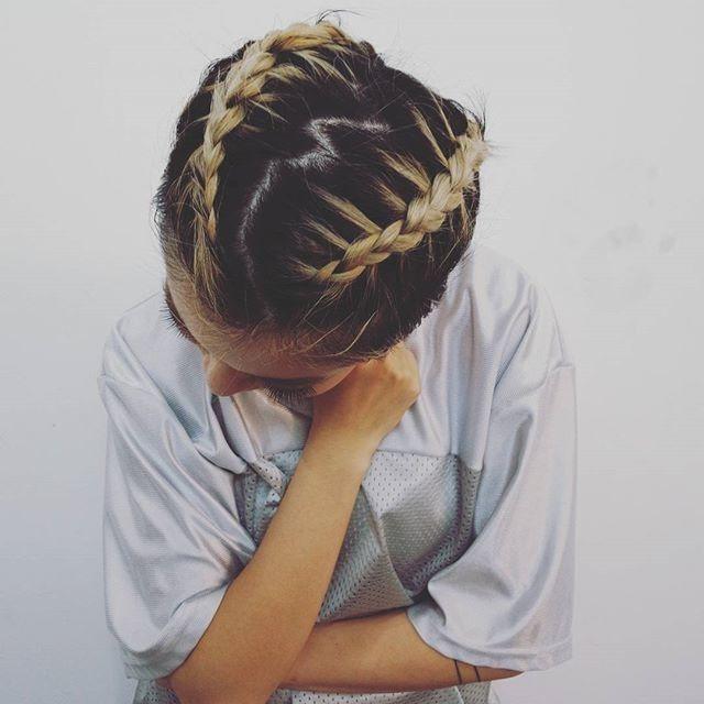 belle coiffure cheveux courte Coiffure, Coiffures