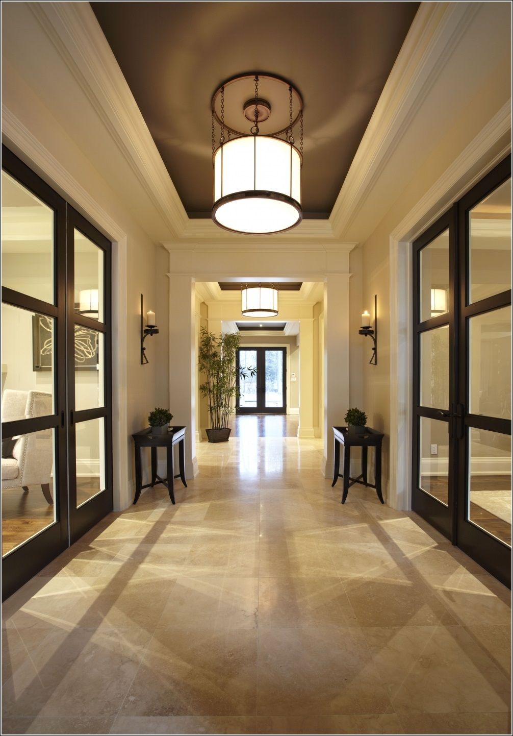 Amazing foyer decor ideas for your home 3 interior for Foyer pendant ideas