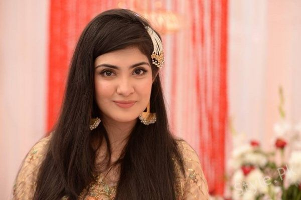 Aleezay Tahir Pakistani hot actress