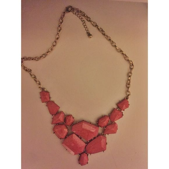 Gold and pink necklace! Brand new without tags Forever 21 Jewelry Necklaces