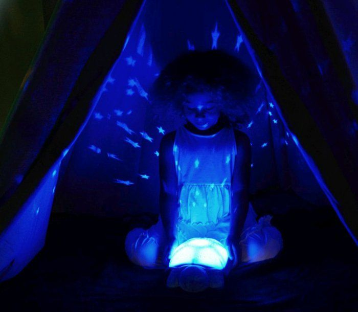 Nachttisch Lampe schildkroete sternenhimmel mit einem kind - sternenhimmel im schlafzimmer