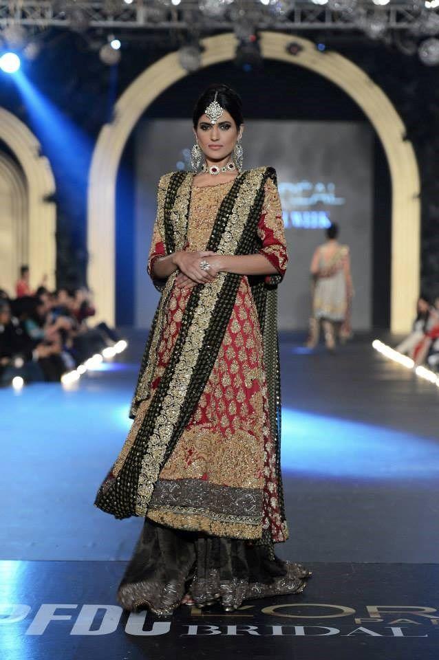 a9f805a83b Sana Safinaz's Wedding Collection {L'Oreal Pakistan Bridal Fashion ...