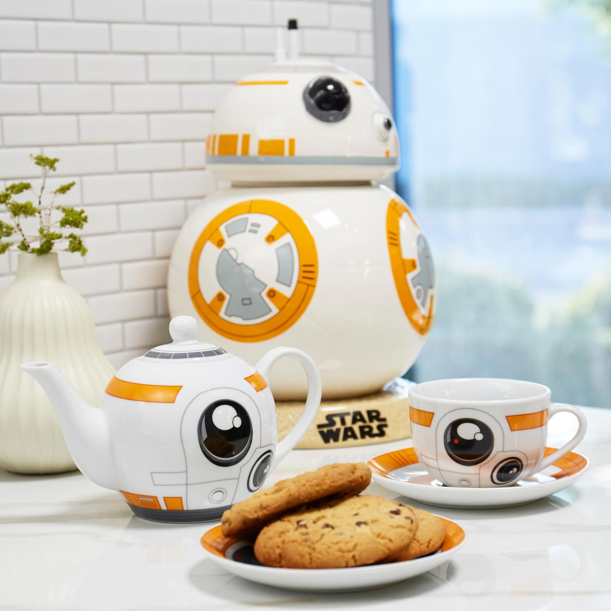 BB-8, then BB-drank | Star Wars BB-8 Tea Set and Cookie Jar | Geeky ...
