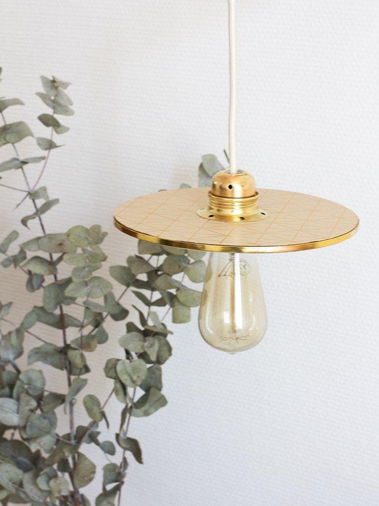 diy une lampe applique fa on baladeuse inspi appart. Black Bedroom Furniture Sets. Home Design Ideas