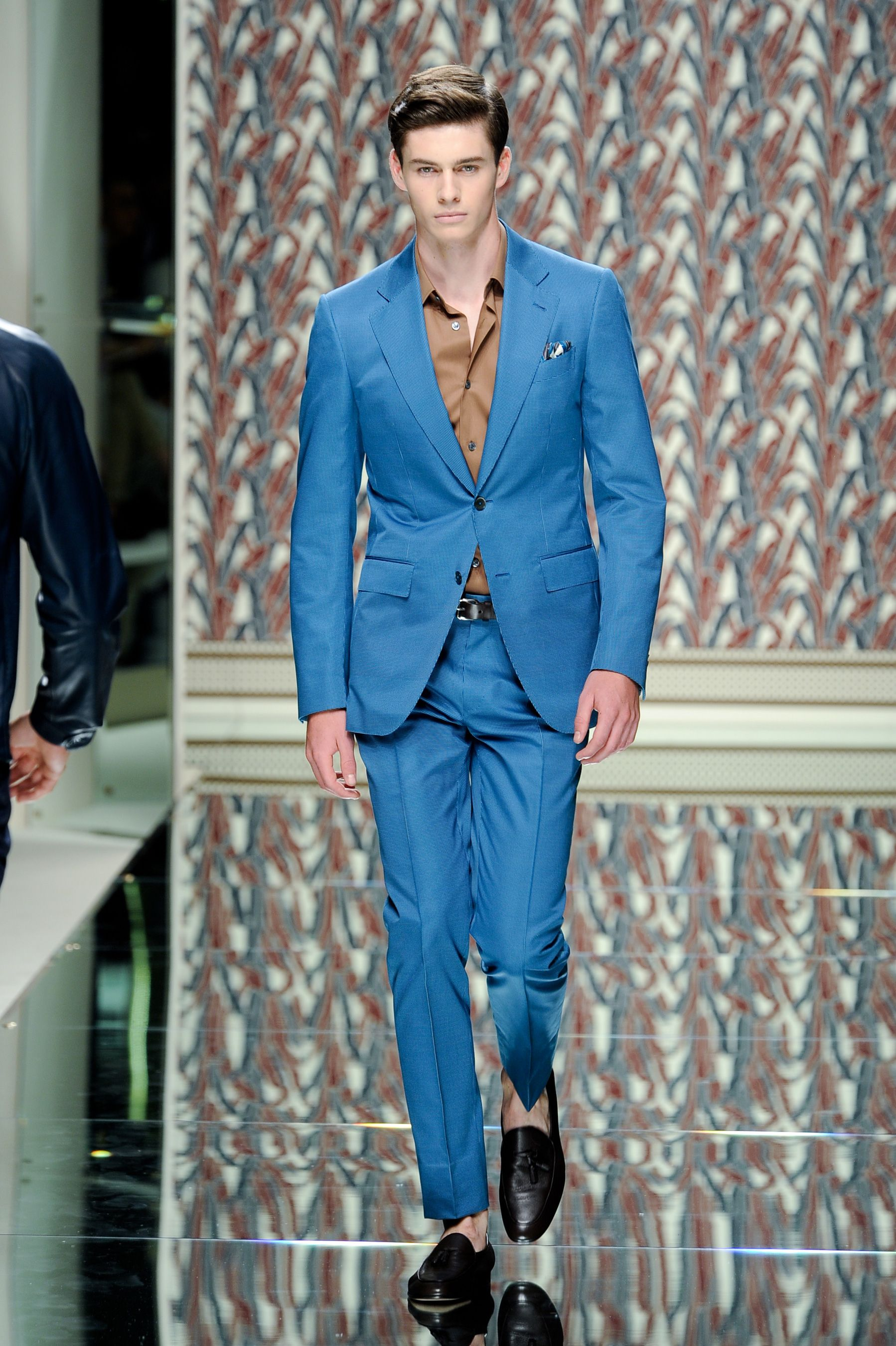 From my favorite fashion house Ermenegildo Zegna:  Once again, color mixing by Zegna looks so natural!  XD
