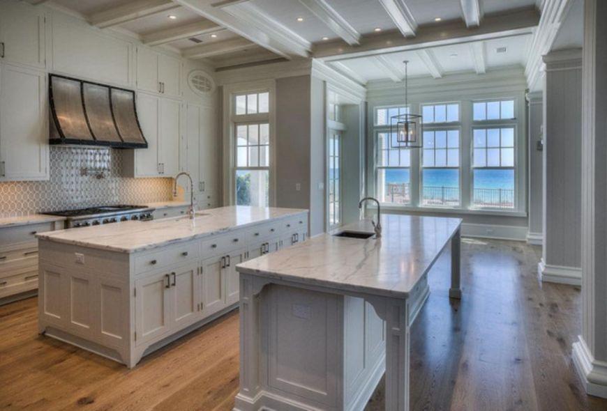 50 Beautiful Hampton Style Kitchen Designs Ideas Roundecor Interior Design Kitchen Kitchen Layout Kitchen Design