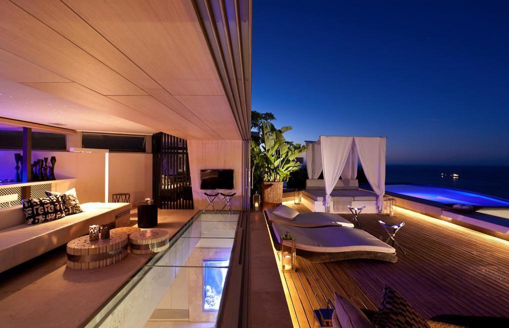 ZA LGV A Freeform Sculptural Design Comprising 2 Apartment Homes.