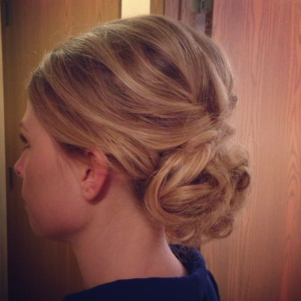 Pin By Abby Sims On My Style Easy Hairstyles Easy Hair Updos Hair Updos