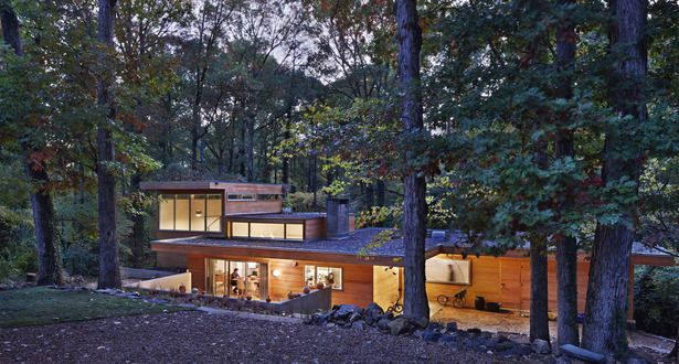 Chapel Hill Residence | Louis Cherry Architecture; Photo: James West Photography | Archinect