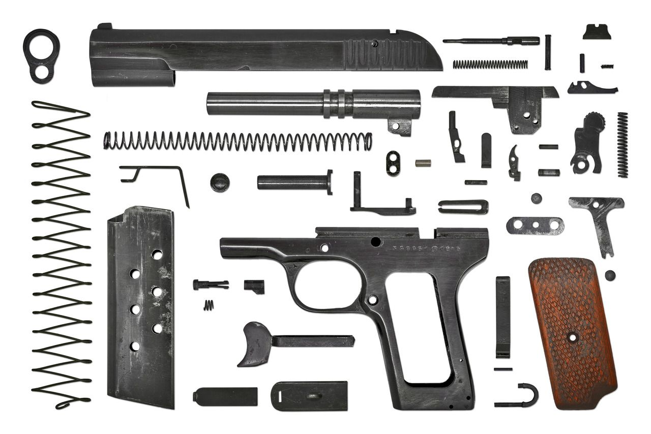An exploded view of the Tokarev TT-33, courtesy of CandRsenal. | Pistol,  Hand guns, Firearms