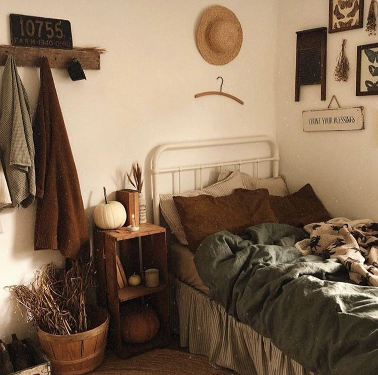 Fall bedroom cozy earth tones (With images) | Earth tones ...