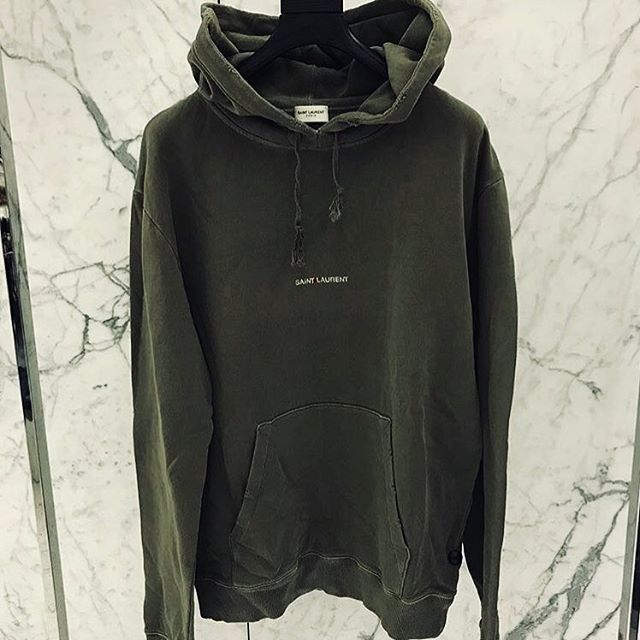 418feca19538b Pin van credomen.com op CREDOMEN in 2019 - Nike jacket