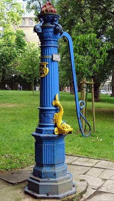 Schwengelpumpe Die Gunstige Brauchwasserquelle Vintage Hauser Pumps Unkrautvernichter
