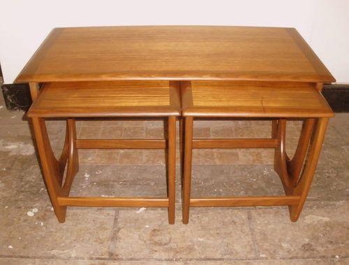 1960s+G+Plan+rectangular+nest+tables+-+wanted+cash+bought+buy.jpg 500 × 379 bildepunkter